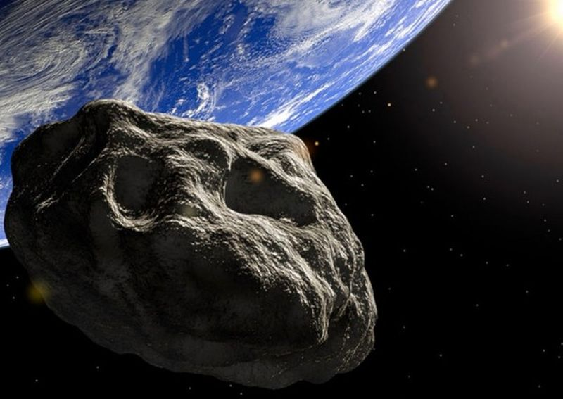 Asteroid approaches Earth